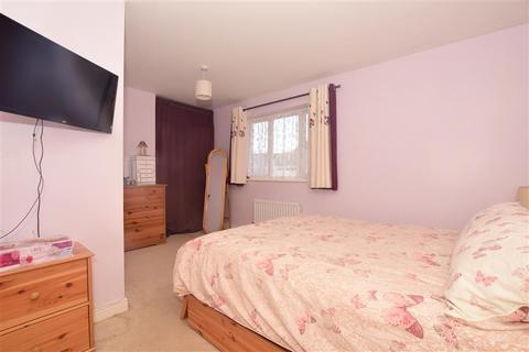 2 bedroom coach house for sale - Adams Drive, Ashford, Kent