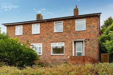 5 bedroom end of terrace house to rent - Staplefield Drive, Brighton, BN2