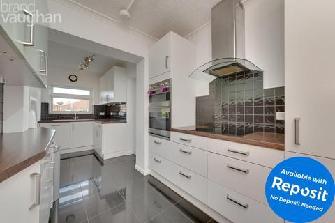 4 bedroom semi-detached house to rent - Aldrington Avenue, Hove, BN3