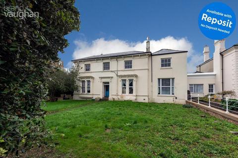 Studio to rent - Westbrooke, Worthing, BN11