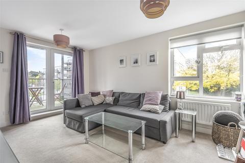 2 bedroom flat for sale - Limerick Close, Atkins Road, London, SW12