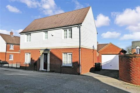 4 bedroom detached house for sale - Spartan Road, Ashford, Kent