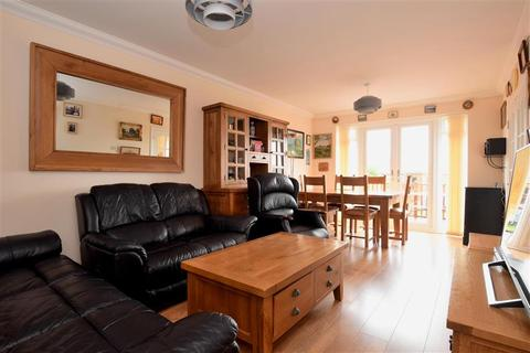 3 bedroom semi-detached bungalow for sale - Cissbury Avenue, Peacehaven, East Sussex