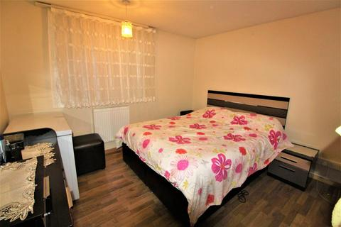 2 bedroom flat to rent - ENFIELD, HERTFORDSHIRE