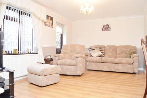 4 bedroom detached house for sale - Woodberry Road, Wickford