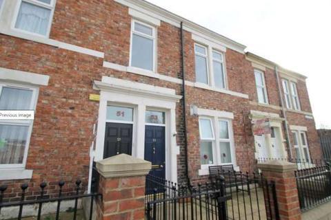 3 bedroom flat to rent - Mcadam Street, Bensham, Gateshead, NE8