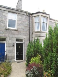 4 bedroom flat to rent - Braemar Place, Aberdeen, AB10