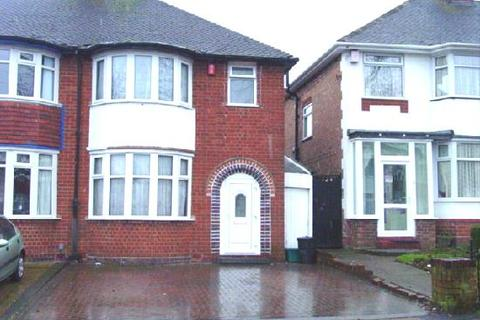 3 bedroom semi-detached house to rent - Glendower Road