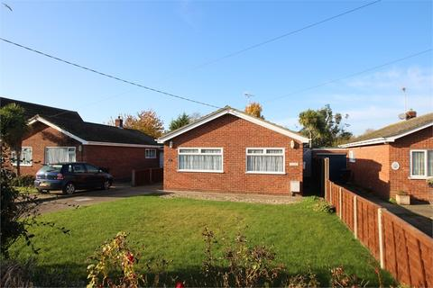 2 bedroom detached bungalow for sale - Vista Avenue, KIRBY-LE-SOKEN