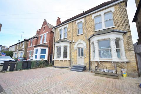 1 bedroom flat for sale - Honley Road, Catford, SE6