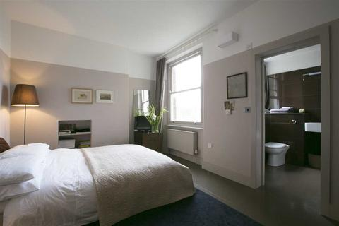 Studio to rent - Pennard Mansions, Shepherd's Bush W12