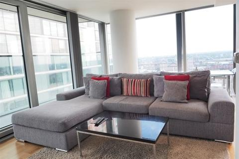 2 bedroom flat to rent - The Landmark West Tower, Marsh Wall, London