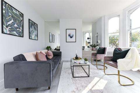 2 bedroom flat for sale - Harbut Road, London, SW11