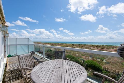 4 bedroom detached house for sale - Shoreham Beach