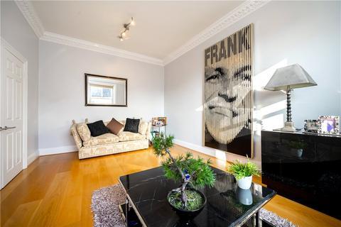 3 bedroom flat for sale - Belsize Square, Belsize Park, London, NW3