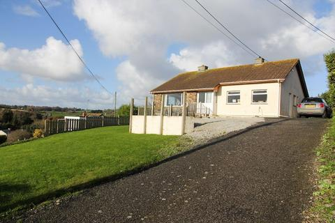 4 bedroom detached bungalow to rent - Pentreve, Well Lane, Tregony, Truro