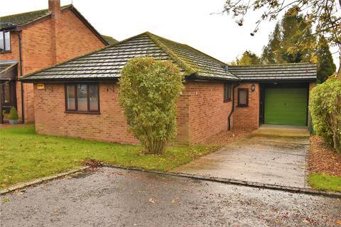 3 bedroom detached bungalow for sale - Northlands Road, Adstock