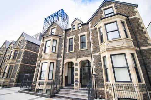 Office to rent - Office Units 1 - 6 Churchill Villas, 33-34 Churchill Way