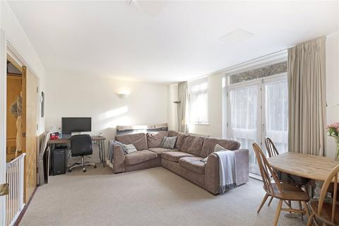 2 bedroom flat to rent - Park House, 16 Northfields, London, SW18