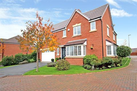 4 bedroom detached house for sale - Potters Place, Royal Wootton Bassett, SN4