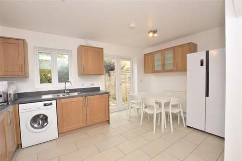 6 bedroom terraced house to rent - Orchid Drive, Bath