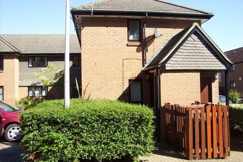 1 bedroom ground floor maisonette to rent - Stonefield Park
