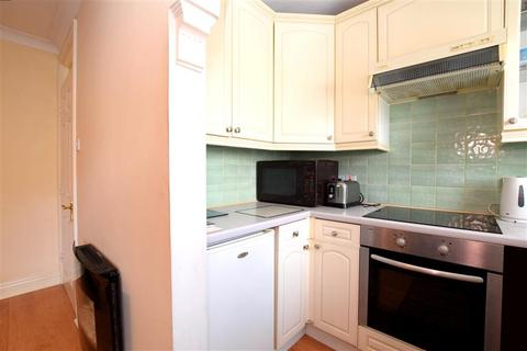 1 bedroom flat for sale - Harpers Road, Newhaven, East Sussex