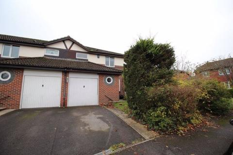 2 bedroom semi-detached house to rent - 6 Clayhill Close, Waltham Chase, SO32 2TU