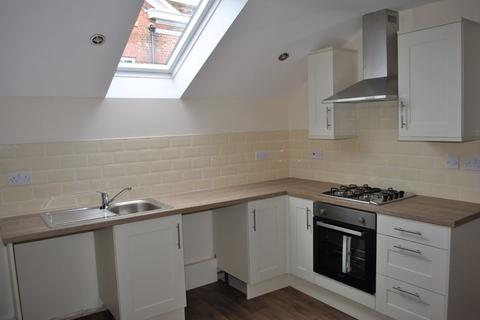 2 bedroom apartment to rent - Regent Street, Wrexham