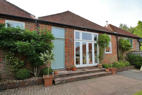 4 bedroom semi-detached house for sale - Bokes Farm, Horns Hill, Hawkhurst, Kent, TN18 4XG