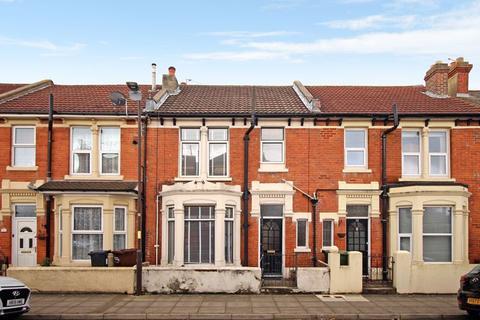3 bedroom terraced house for sale - Evans Road, Southsea