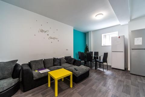 6 bedroom flat to rent - Stepney Lane, Newcastle Upon Tyne