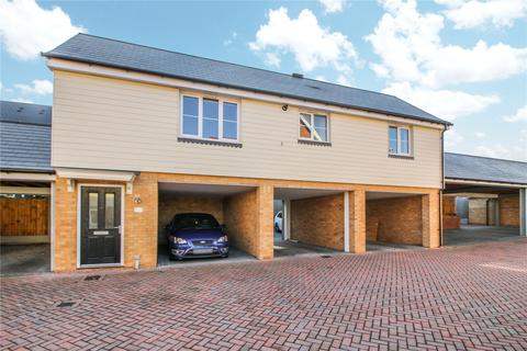 2 bedroom detached house for sale - Warwick Crescent, Dunton Fields, Laindon, Essex, SS15