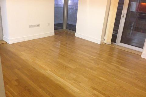 2 bedroom flat to rent - The Quad, Highcross Street, Leicester