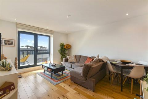 1 bedroom flat for sale - Grand Regent Tower, 2 Cadmium Square, London, E2