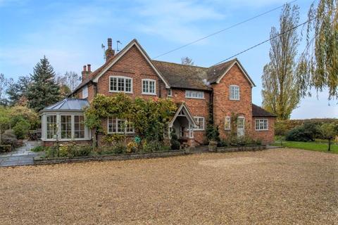 4 bedroom detached house for sale - Bledlow