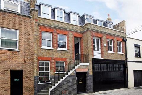 3 bedroom apartment to rent - Weymouth Mews, London, London