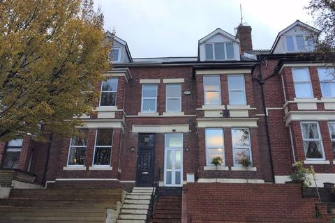 5 bedroom terraced house for sale - Romilly Road, Barry