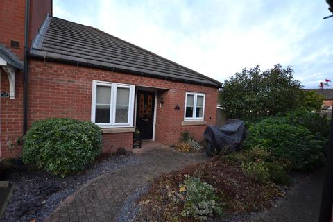 2 bedroom semi-detached bungalow for sale - Woodward Close, Mountsorrel, Leicestershire