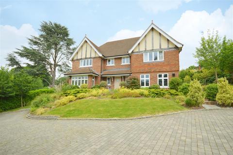 5 bedroom detached house for sale - Forest Drive, Kingswood, Tadworth