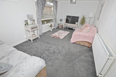 2 bedroom terraced house for sale - 28 Durris Drive, Glenrothes Ky6 2hp