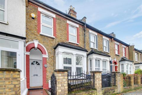 4 bedroom terraced house for sale - Leighton Road, Enfield, EN1