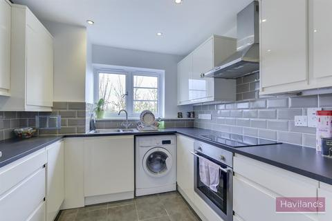 1 bedroom flat to rent - Holly Lodge, Winchmore Hill