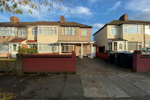 3 bedroom end of terrace house for sale - Winnington Road, Enfield