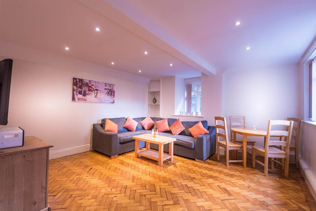 12 A Tapton House Road Living Room 1.jpg