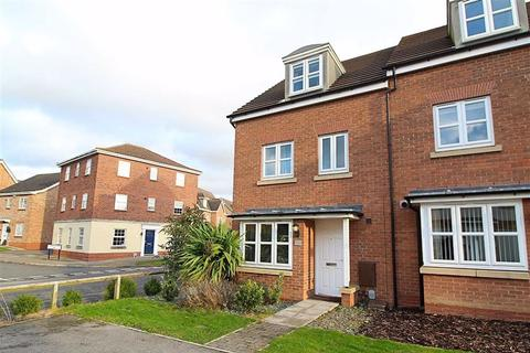 4 bedroom townhouse for sale - Hidcote Walk, Brough, Brough, East Yorkshire, HU15