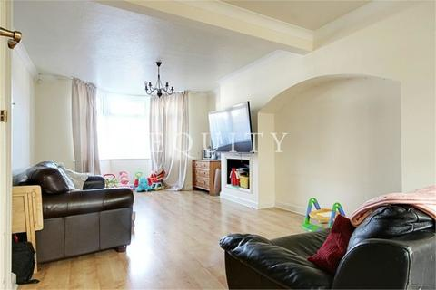 4 bedroom semi-detached house to rent - Unity Road, Enfield, EN3