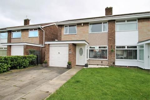 3 bedroom semi-detached house for sale - Chadderton Drive, Thornaby, Stockton-On-Tees