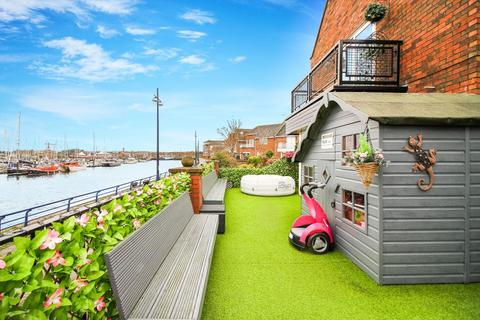 4 bedroom terraced house for sale - Commissioners Wharf, North Shields