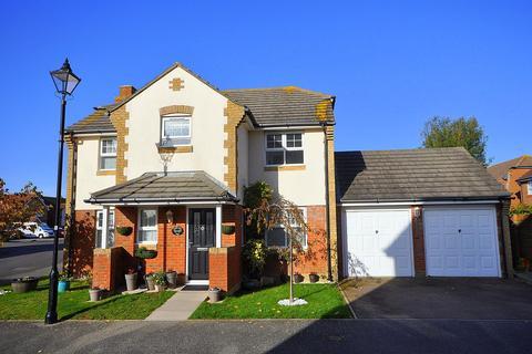 4 bedroom detached house for sale - Tasmania Way, Sovereign Harbour North, Eastbourne